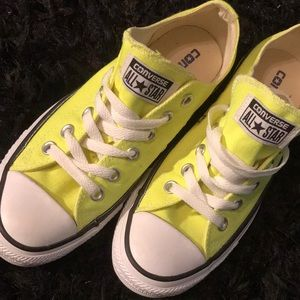 Converse all-star size 7 new without tags.